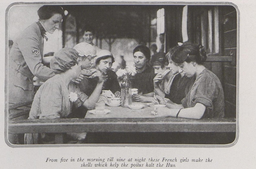 French 'munitionettes' eating a meal provided by the American YWCA